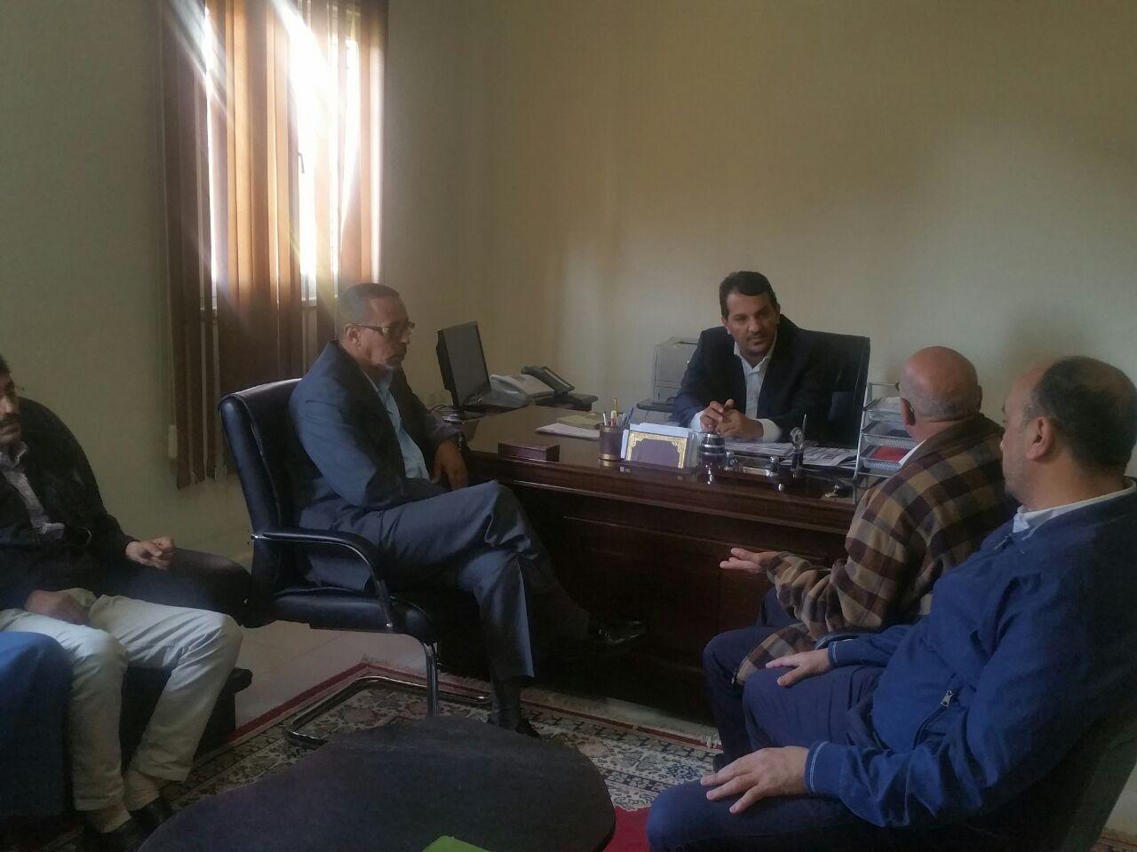 Discussion lors de la réunion avec le Président de la Chambre de Commerce,d'industrie et de Services de la région de Lâayoune Sakia El hamra