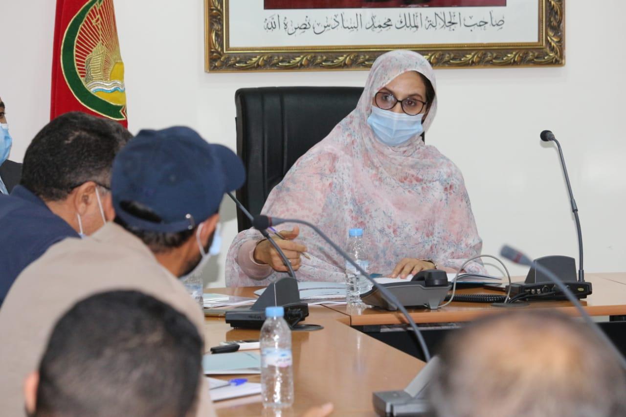 لقاء تواصلي مع الفاعلين الاقتصاديين و ممثلي هيئات مدنية للمقاولات المحلية
